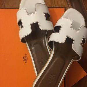 Brand New Hermès Oran Sandals